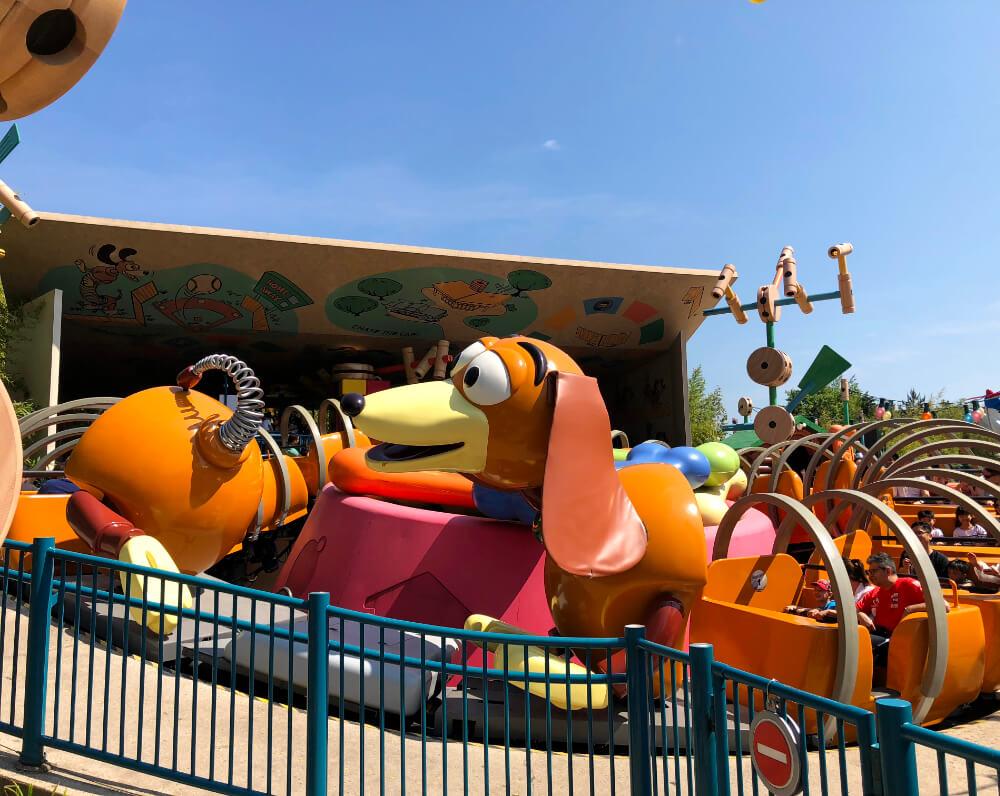 Slinky Dog - וולט דיסני סטודיוז דיסנילנד פריז