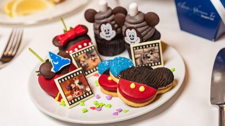 אוכל מיוחד לחגיגת יום ההולדת של מיקי מאוס, דיסנילנד קליפורניה (10)
